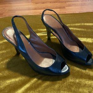 Unisa soft leather NWOT 8.5 heels